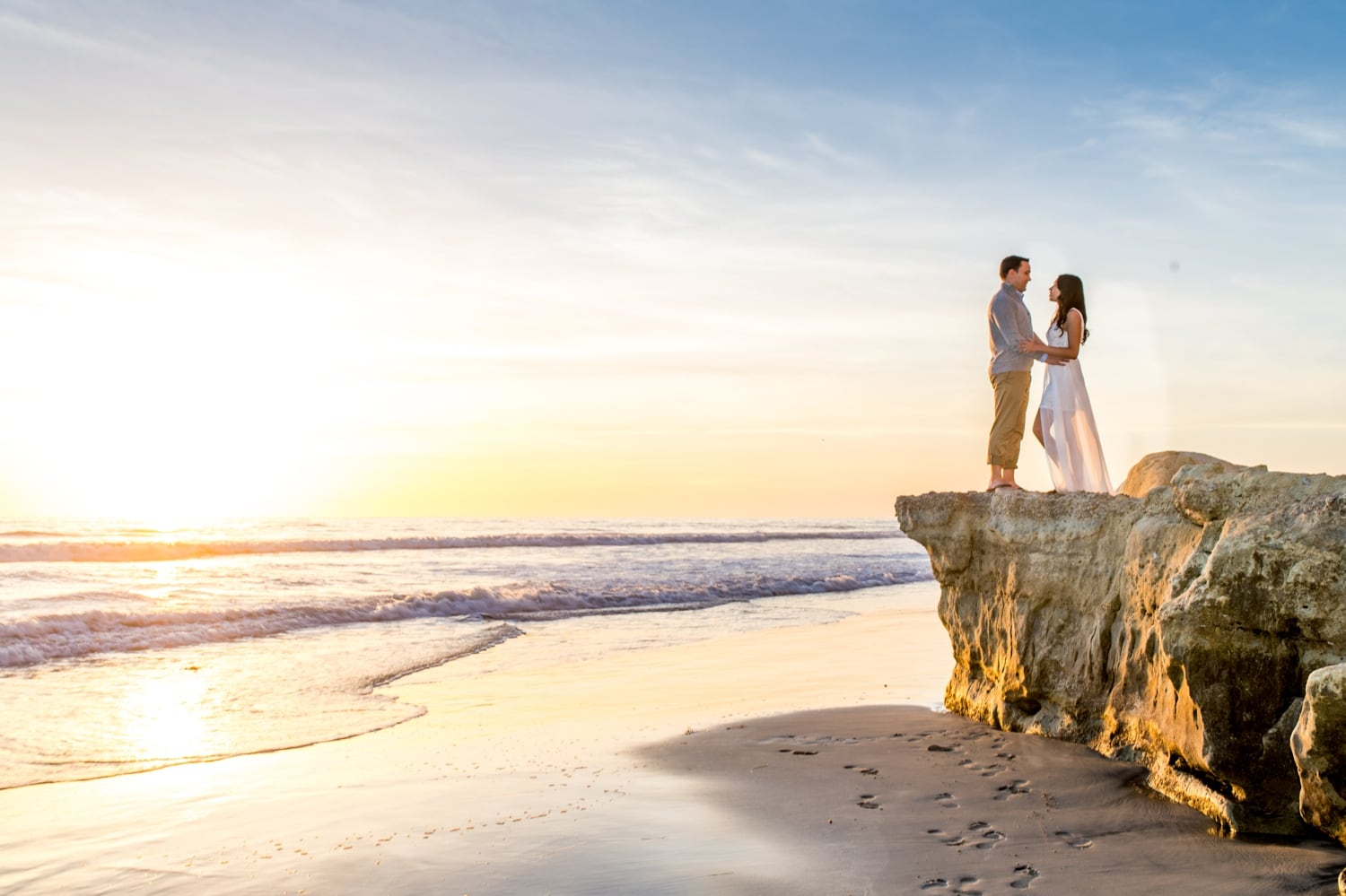 Bride and groom engagement photography in Del Mar, CA.