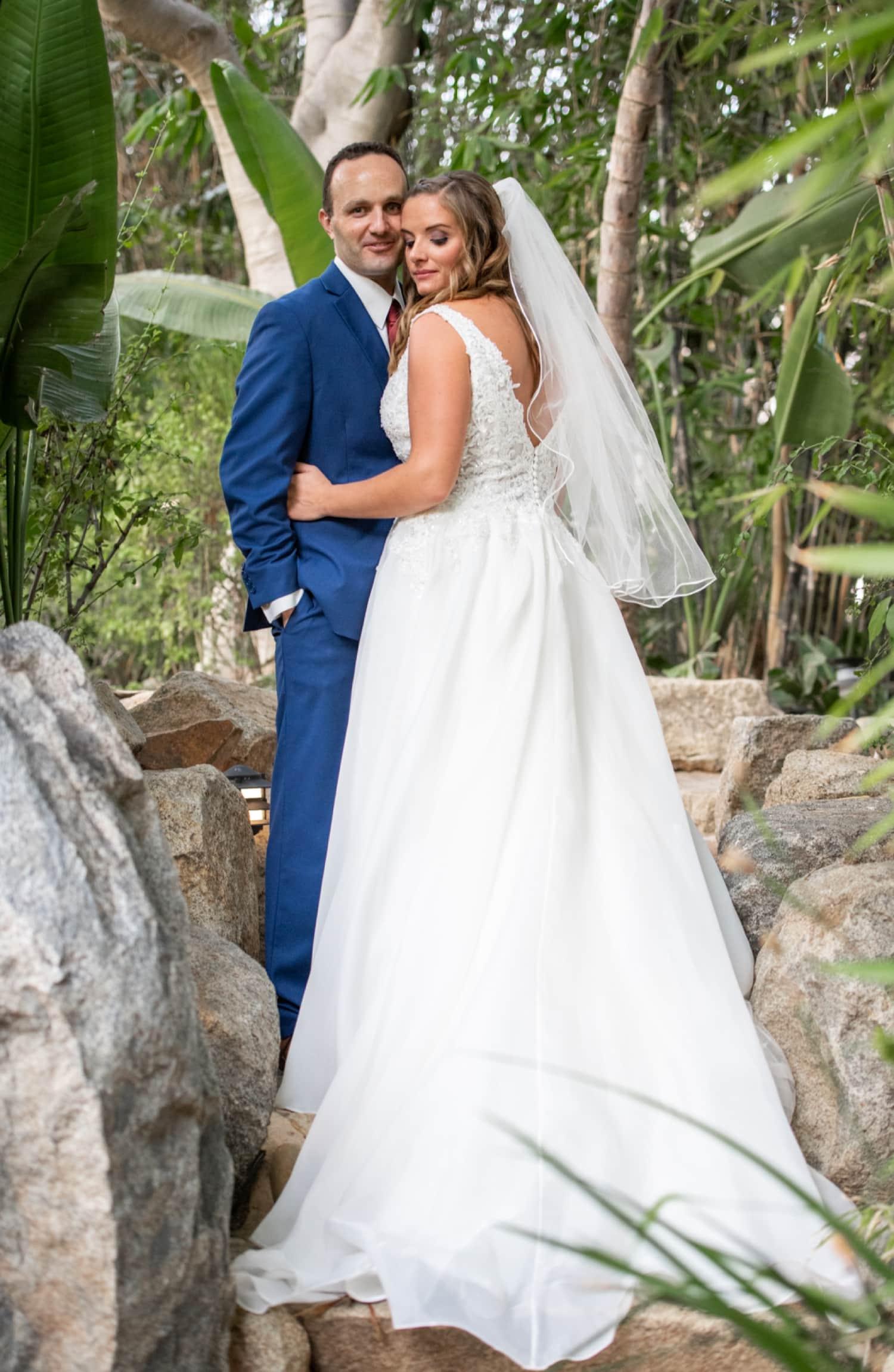 Vicki + Ryan    Protea Inspired Wedding    Paradise Falls 87af0a406