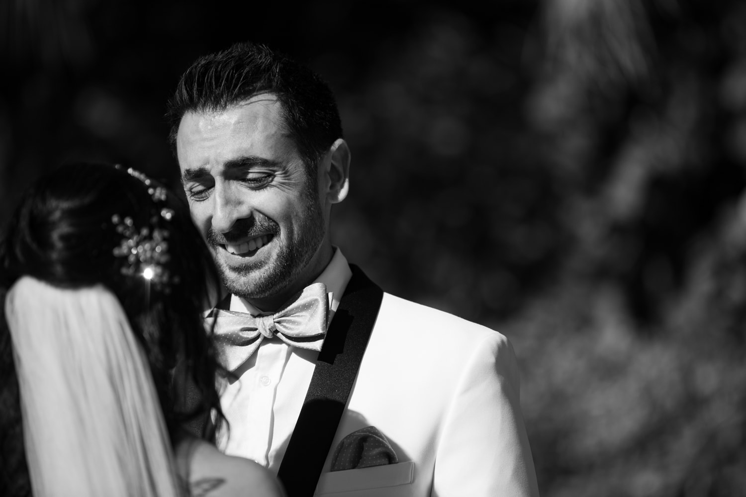 Grooms reaction to seeing bride for first time at The Grand Tradition.