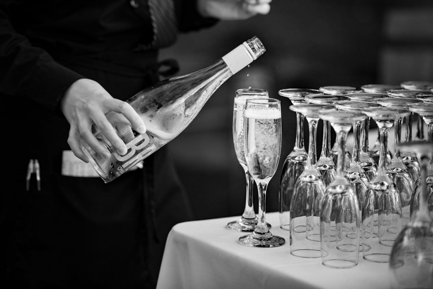 Champagne pours at The Stone House in Temecula, CA